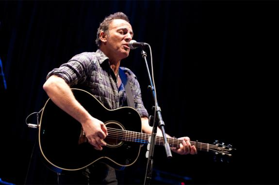 Bruce Springsteen writes a story for children